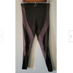 CW-X Women's Size Small Crop Muscle Tights